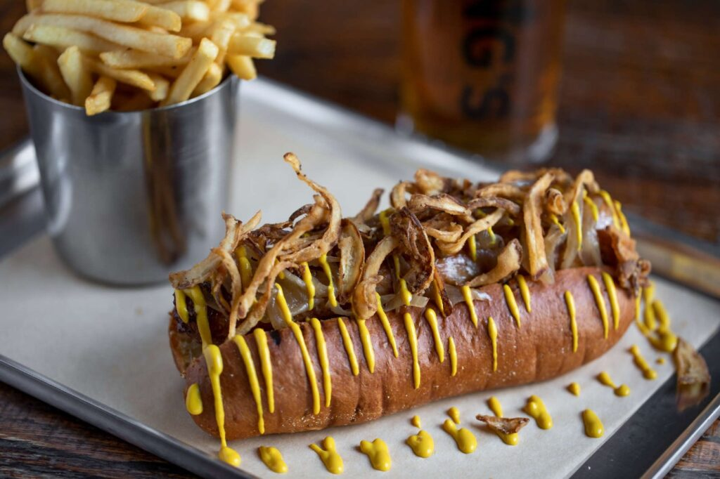 best-pub-food-city-blackfriars-st-pauls-hotdog